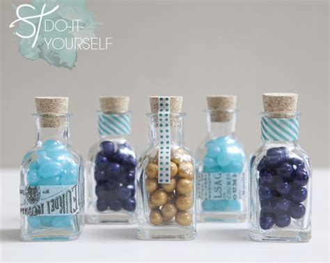 diy wedding favours ideas 20 best do it yourself favors for your wedding something borrowed wedding diy