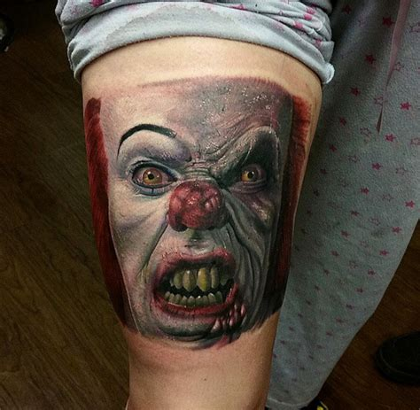 tatuaje brazo payaso it por sacred art tattoo
