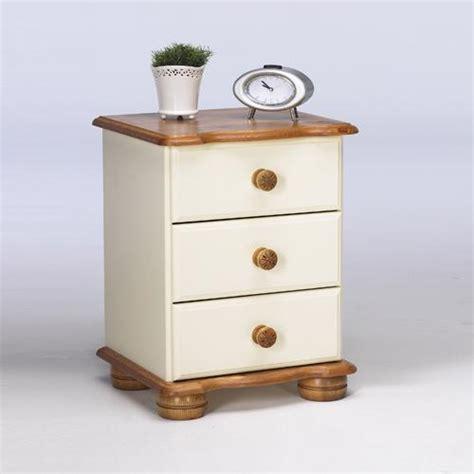 Scandinavian Pine Oslo Bedside Cabinet 128 203 46 Review Scandinavian Pine Bedroom Furniture