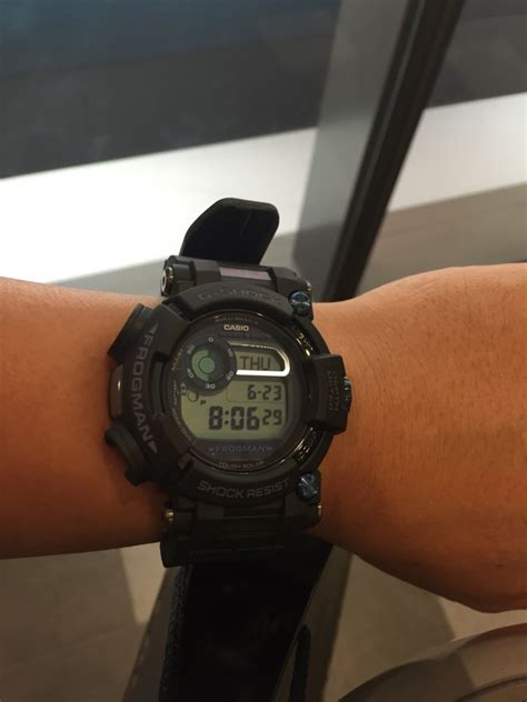Casio G Shock Frogman Gwf D1000b 1jf With Water Depth Sensor Jdm Origi new casio g shock frogman multi band 6 diver solar gwf d1000b 1jf japan import ebay