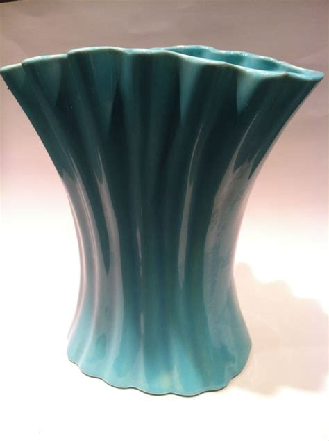 Bauer Vase by Bauer Vase Beautiful Teal Blue 1940 S From Eraofmyways On