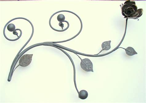 porta abiti in ferro battuto porta abiti arte in casa oggetti d arte in ferro