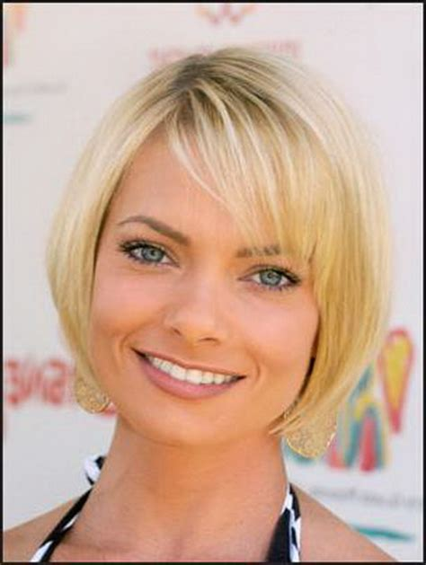 layered chin length bob for fine hair chin length layered haircuts