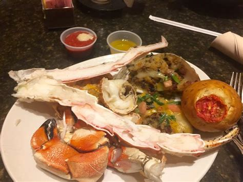 photo2 jpg picture of carnival world seafood buffet