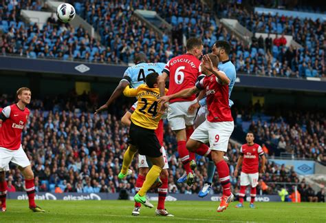arsenal man city manchester city v arsenal premier league zimbio