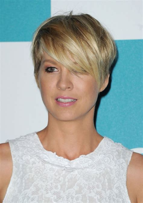razor cut hairstyles beautiful image result for 70s feather cut 34 best jenna elfman images on pinterest jenna elfman