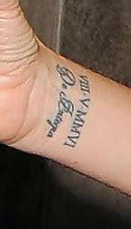 victoria beckham tattoo font victoria beckham lettering tattoo literature cas and