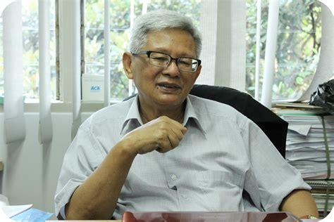 Media Pendidikan Dr Arief S Sadiman diskusi pembelajaran yang inspiratif dan inovatif 2 bersama prof dr b arief