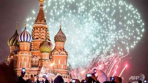in first russia closes red square for new year quot s eve