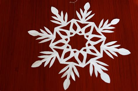 Make Snowflake Paper - how to make cut snowflakes