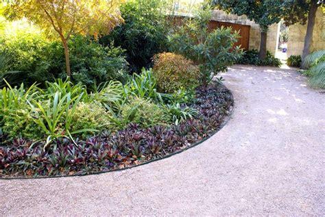 Landscapeonline Design Build Maintain Supply Col Met Steel Landscape Edging