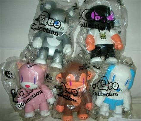 Hellboy Qee Collection Version Vinyl Figure toy2r lavits figure