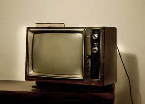 when did color tv began when did color tv s become common in the average household
