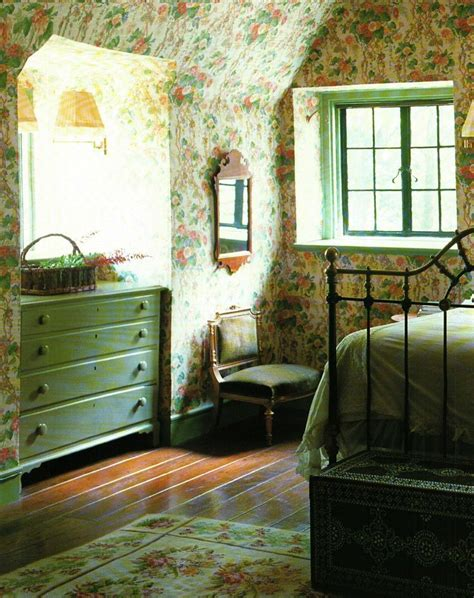 green cottage design 17 best ideas about cottage bedrooms on