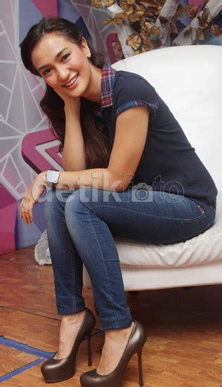 Asterluna Sandal Casual Wanita Imn 431 lembayung senja tubuh langsing atiqah hasiholan