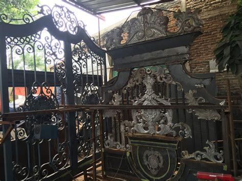 besi tempa klasik pintu gerbang pagar balkon railing