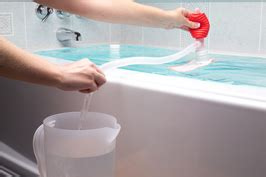 How Many Gallons Of Water Fill A Bathtub by The Easiest 100 Gallons Of Emergency Water Storage