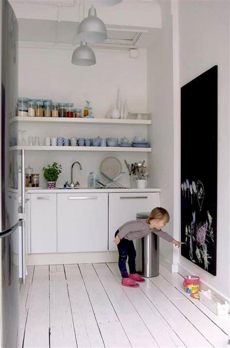 Espejos De Pared Decorativos #4: Ideas-decorar-cocinas-pequenas-2.jpg