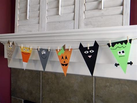 cool halloween decorations to make at home 19 great diy halloween garlands and banners for perfect