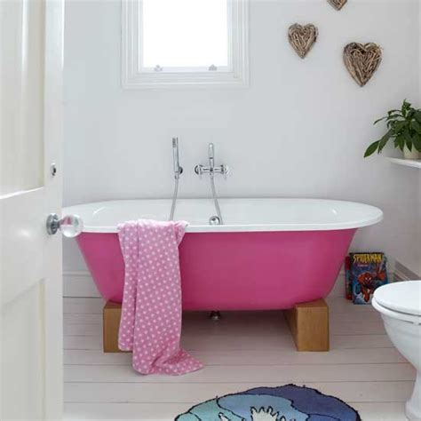 Pink In Bathtub by Bathroom With Pink Bath Bathroom Ideas Modern Decor