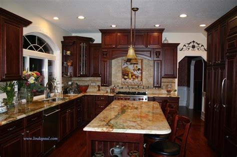 kitchen backsplash cherry cabinets tuscan kitchen backsplash with cherry cabinets and