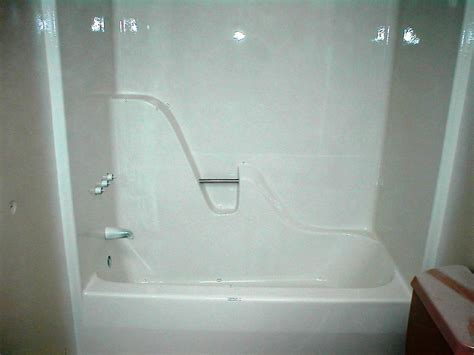 fiberglass tub after refinish from carolina bath