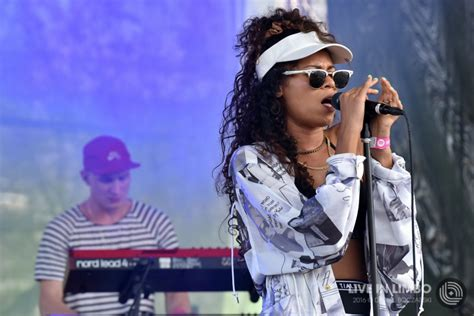 spotify house alunageorge at spotify house sxsw 2016 concert reviews