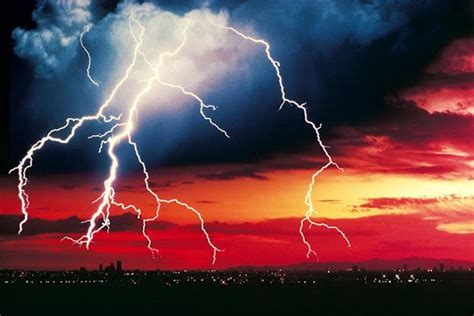 what does a lighting engineer do 10 myths about lightning howstuffworks