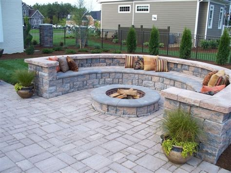 easy brick patio 1000 ideas about paver designs on pavers