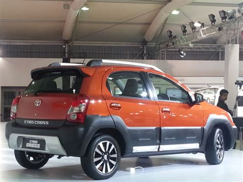 Cover Lis Grill Toyota Etios toyota etios cross launched price features other details drivespark news