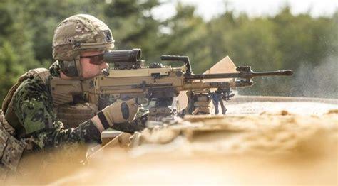 danish soldier equipped    heckler koch