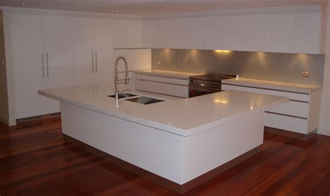 small l shaped kitchen with island bench pin white island kitchen visualization by meedo 20