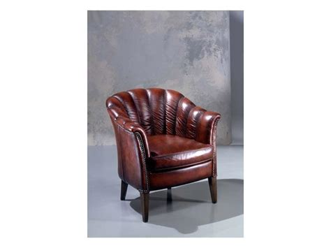 classic leather armchair classic leather armchair padded in polyurethane idfdesign