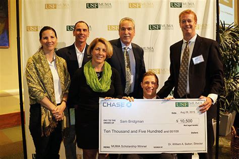 Usf Mba How Many Credits by Usf To Award More Than 6 000 Degrees Wusf News