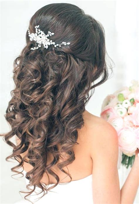 Quinceanera Hairstyles With Curls by Unique Lg Anera Quince Hairstyles With Tiara Quinceanera
