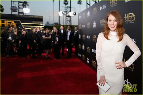 film hollywood recommended 2014 julianne moore takes home the best actress award at the