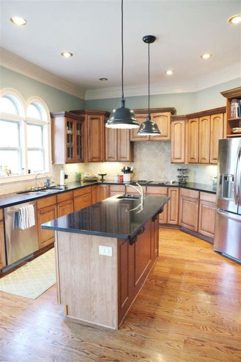 inspiring kitchen paint colors ideas with oak cabinet 24