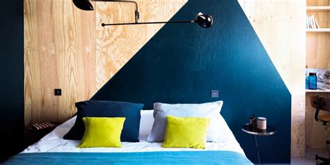 chambre mur bleu bien choisir sa peinture pour la chambre nos conseils