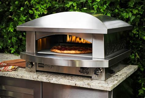 Outdoor Pizza Oven   By Kalamazoo
