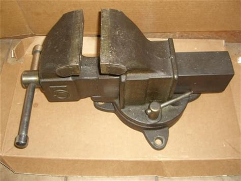 used bench vice identify this 5 quot bench vise
