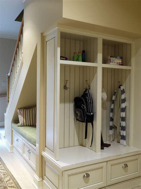 cherished treasures designing  entryway closet