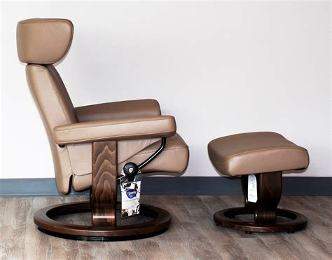 ekornes ottoman stressless viva paloma funghi leather recliner chair and
