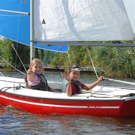 zeilboot 1 persoon laerling open zeilboot sneek botentehuur nl