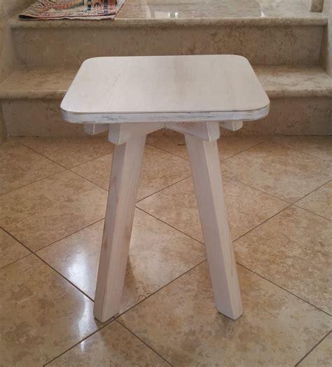 sgabello ikea legno sgabello in legno massello realizzato a mano artigianato