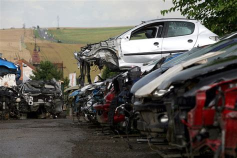 auto salvage yards near me we buy any car fast we come