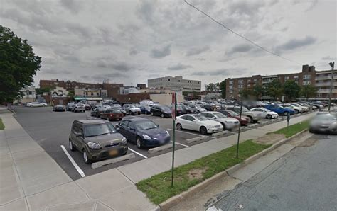 Mineola Parking Garage by Study Ids Big Parking Fixes In Mineola The Island Now