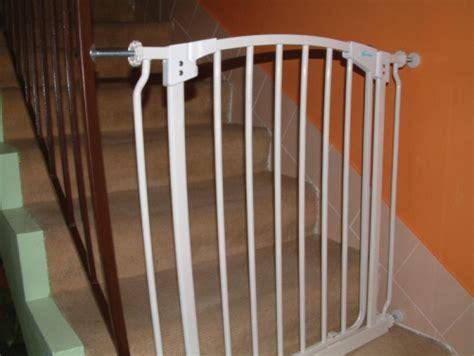 dream baby banister gate adapter dreambaby banister gate adaptors