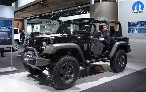 2011 Call Of Duty Jeep For Sale 2011 Detroit Jeep Wrangler Call Of Duty Edition Shows Up