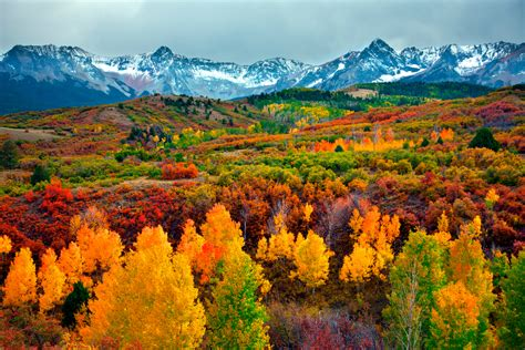 best fall colors 10 best places in the world to see the fall colors lostwaldo
