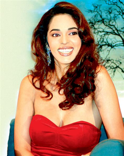 Malika Sweet it s a fight for jalebis between mallika sherawat and kaif entertainment